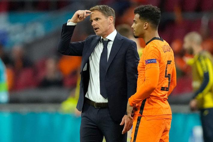 CHÍNH THỨC: Huấn luyện viên thứ 2 từ chức tại Euro 2021 - Ảnh 2.