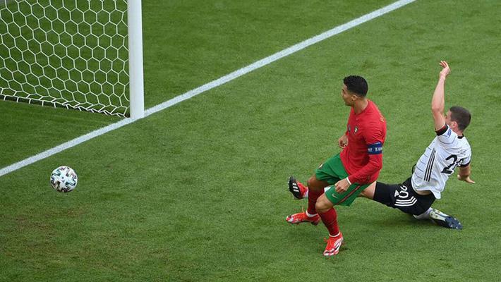Jose Mourinho: Có Bruno, Bồ Đào Nha chỉ thi đấu với 10 người - Ảnh 3.