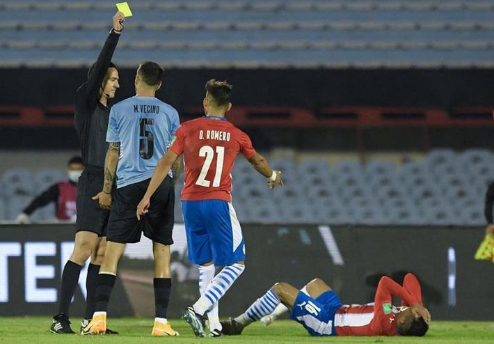 Suarez tịt ngòi, Uruguay hòa không bàn thắng với Paraguay - Ảnh 4.