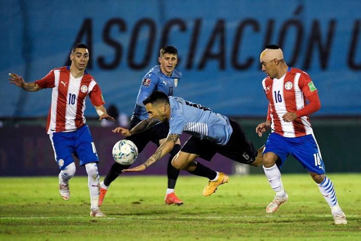 Suarez tịt ngòi, Uruguay hòa không bàn thắng với Paraguay - Ảnh 5.