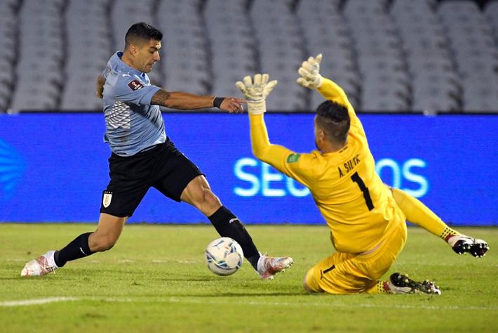 Suarez tịt ngòi, Uruguay hòa không bàn thắng với Paraguay - Ảnh 6.