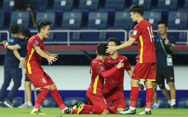 """""""Vũ khí"""" lợi hại nhất của tuyển Việt Nam khiến cả châu Á ấn tượng, tuyển UAE phải dè chừng - Ảnh 2."""
