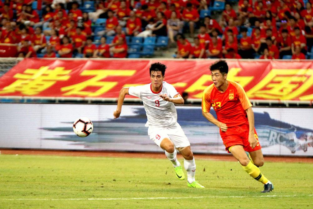 Trung Quốc đầu tư nhiều mà bóng đá vẫn tệ, nếu dùng cầu thủ bản địa, họ dễ thua Việt Nam - Ảnh 3.