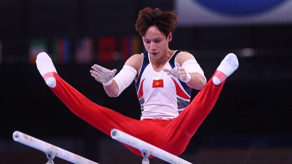 Chênh lệch trình độ quá lớn, 2 hot boy Thể dục dụng cụ Việt Nam ngậm ngùi chia tay Olympic - Ảnh 2.