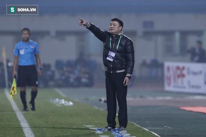 Chủ tịch CLB V.League: Đang dịch bệnh thế này, hủy giải đi để tiết kiệm chi phí - Ảnh 4.