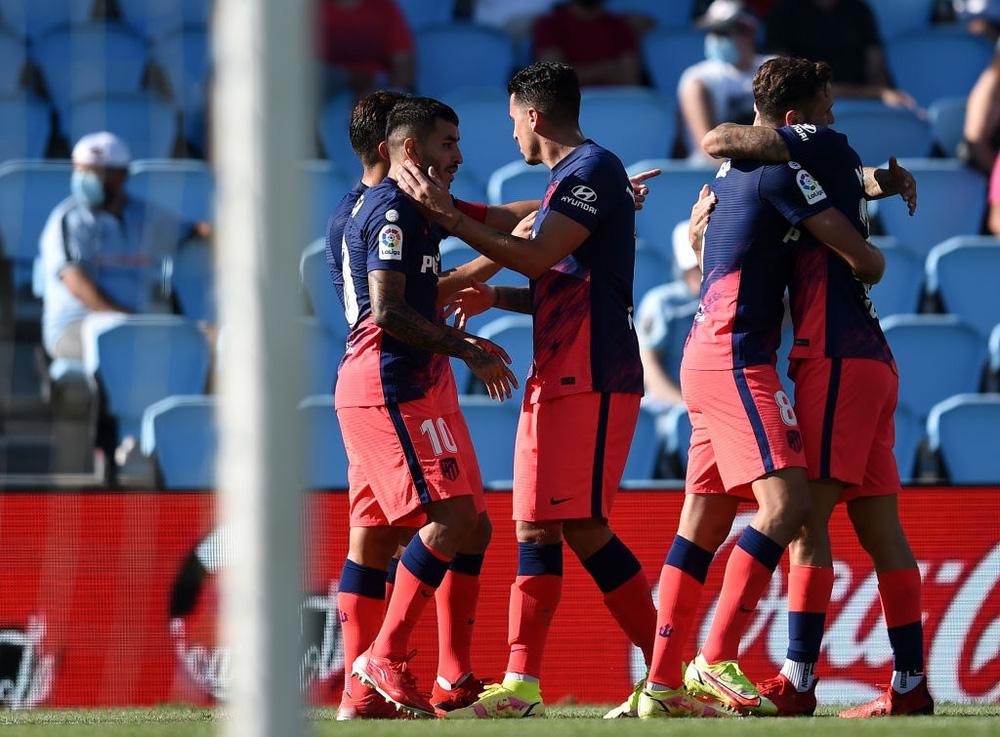 Đương kim vô địch La Liga giành 3 điểm nhọc nhằn trong ngày ra quân - Ảnh 9.
