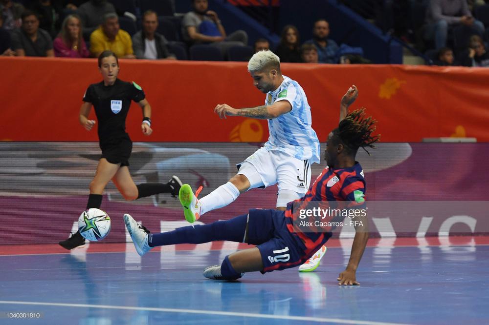 Không trụ nổi 1 phút, đội tuyển Mỹ nhận trận thua đậm hơn cả Việt Nam tại World Cup - Ảnh 2.