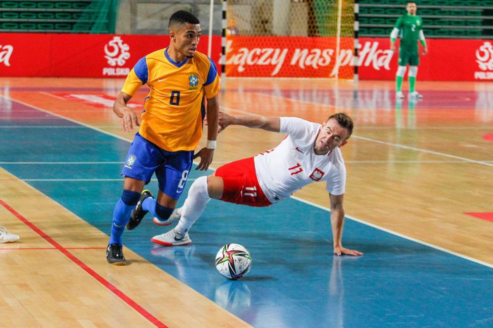 ĐT Việt Nam được báo Tây Ban Nha tán dương hết lời trước trận gặp Brazil ở VCK World Cup - Ảnh 2.