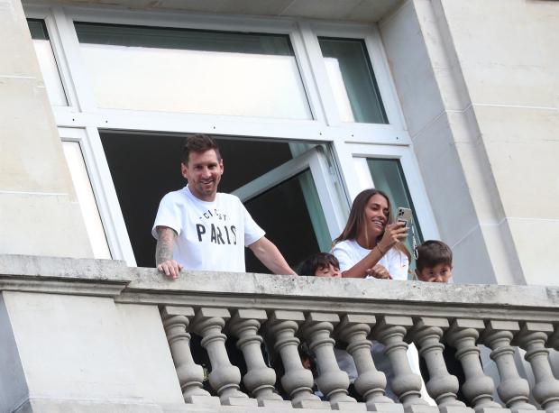 Di Maria: Messi gặp khó khăn tại PSG vì chưa tìm được biệt thự  - Ảnh 1.